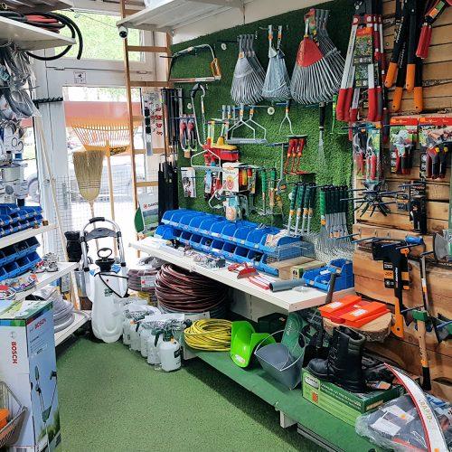 Betriebsbedarf, Betriebseinrichtung, Gartengeräte, Eisenwaren, Elektro und Sanitär